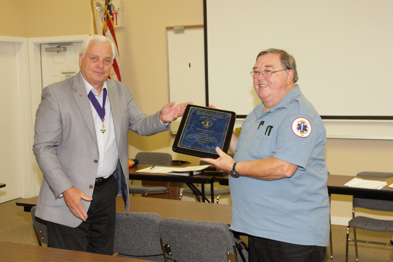 Knights of Columbus Award to Dan Boone